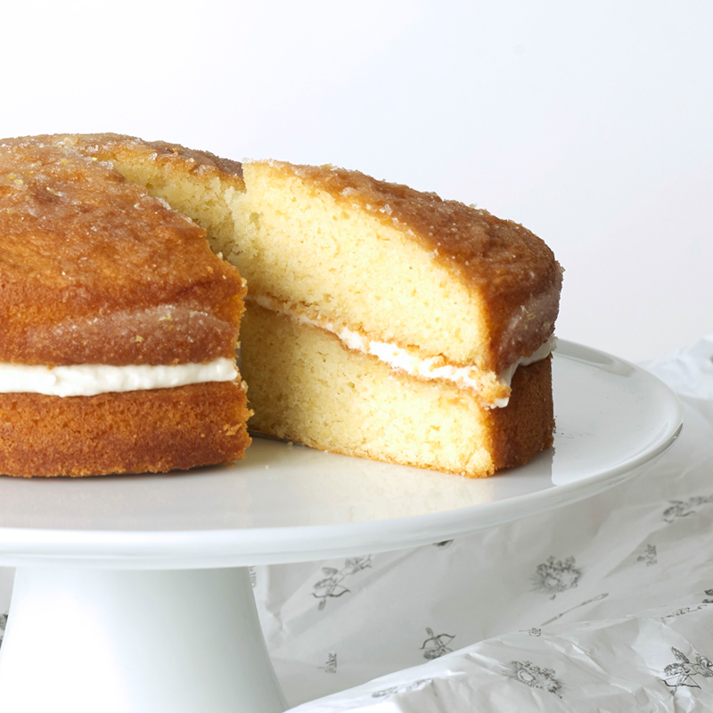 Lemon drizzle cake, send a cake.