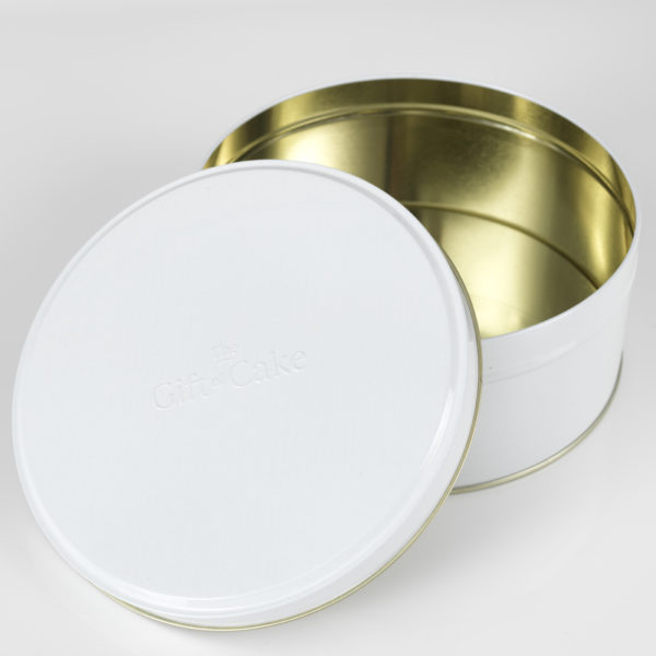 Cake tin made in the UK, blog, gift cake.