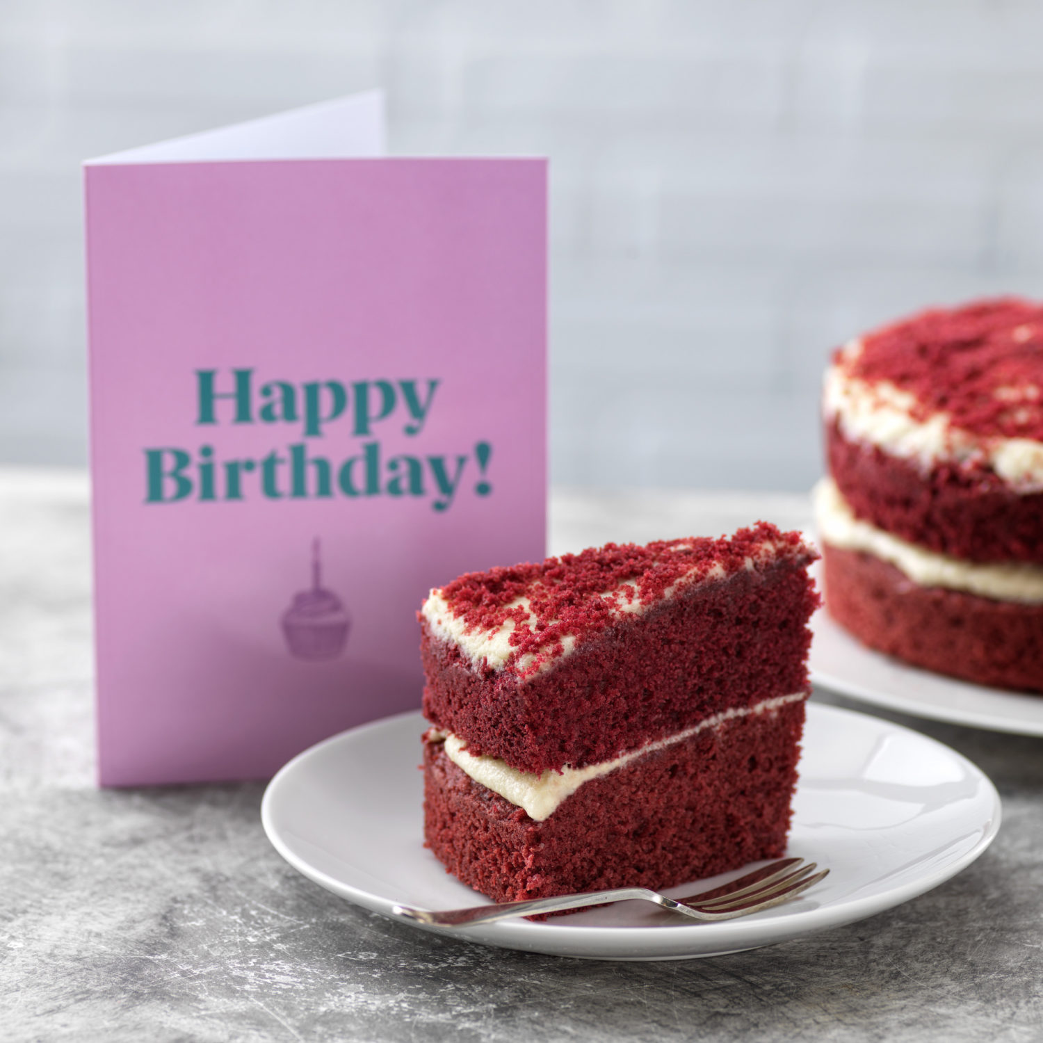 gift-wrapped-cake-delivery-birthday
