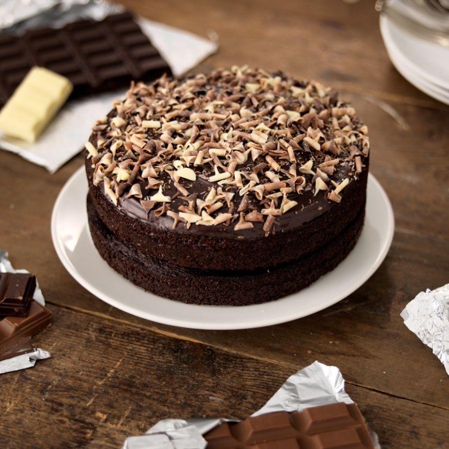 triple-chocolate-cake